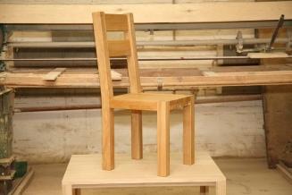 1 . Krzesło K2